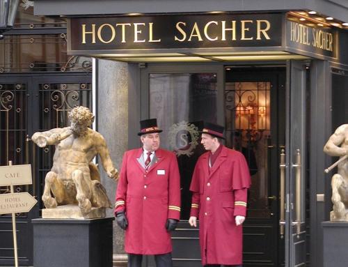 Mikä tekee hotellista erinomaisen?